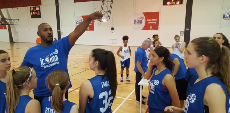 Hongan Elsa Lemmilä viihtyi Jr.NBA World leirillä