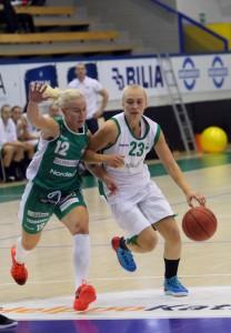 16-vuotias Kia Vaalavirta on murtautunut Hongan kokoonpanoon ja pelannut keskimäärin 11 minuuttia ottelua kohden.