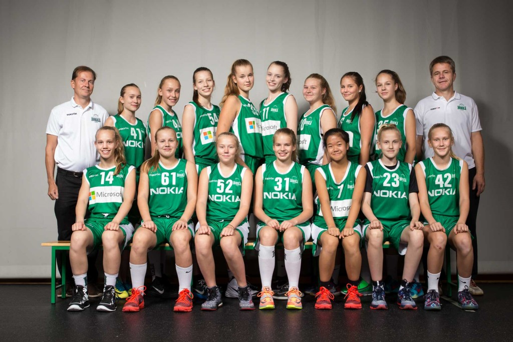 Tytöt-02 kaudella 2015-2016
