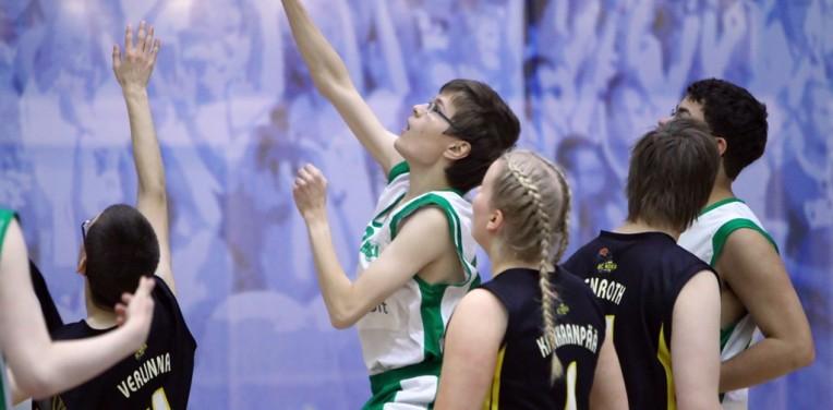 Hongan Unified-koripalloilijoiden kausi käynnistyi komeasti Susi Centerissä