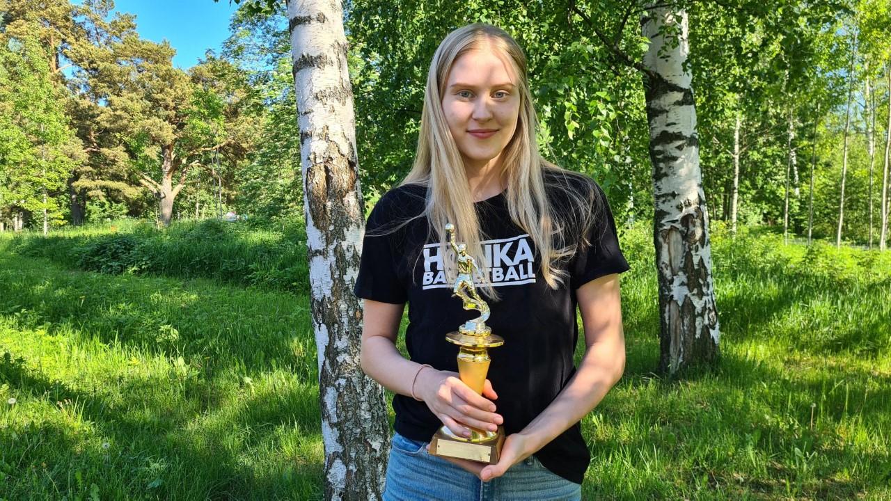 Vuoden pelaajaksi 2021 valittiin Henna Sandvik
